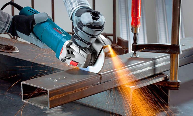 Резка металла – услуги по резке листового металла на заказ в размер | Цена  в СПб